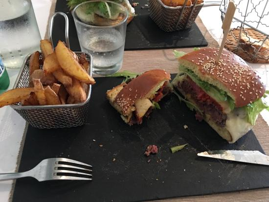 L'Union, Francja: Super Resto hamburger excellent à découvrir