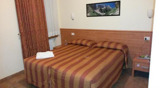 Trieste Hotel: Esterno ed interno