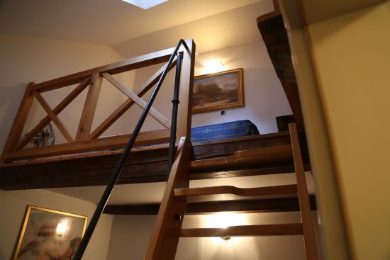 Hotel Residence Retezova: подъём на 2й ярус
