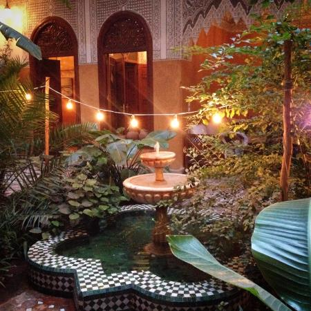 Patio picture of riad jardin secret marrakech tripadvisor for Jardin secret des hansen