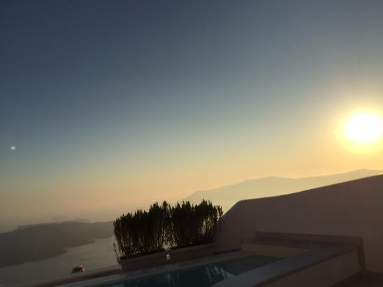 Anteliz Suites: Sunset from Balcony