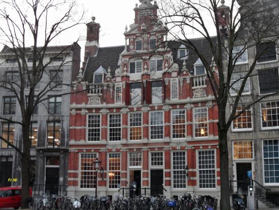 Herengracht: Het huis aan de gouden bocht , het huis van Bartolotti .  nl .