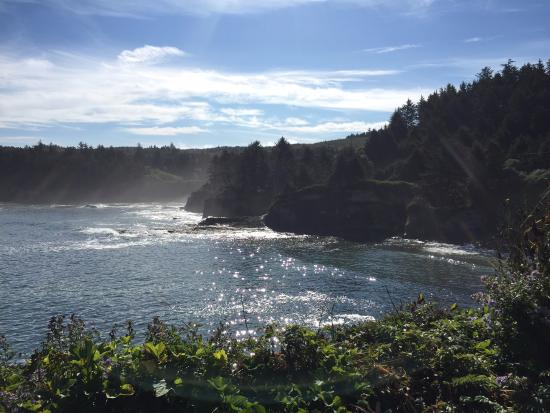 """Depoe Bay, OR: """"Boiling"""" water"""