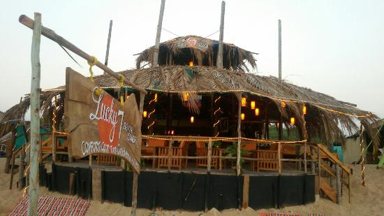Lucky 7 Beach Shack