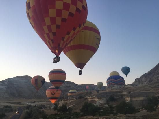 20160116_073745_large.jpg - Picture of Turkiye Balloons ...