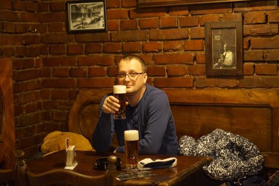 Mirror Pub & Bilbova Nora