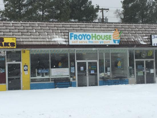 Severna Park, MD: The Froyo House
