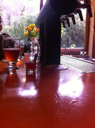 Cerveceria del Valle Sagrado: En la barra