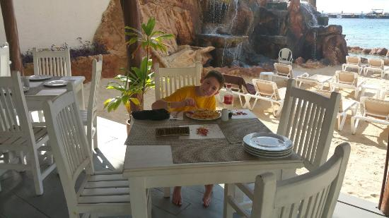 El Cid La Ceiba Beach Hotel: 20151101_152612_large.jpg