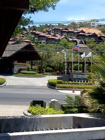 Nora Buri Resort & Spa: หน้าโรงแรม