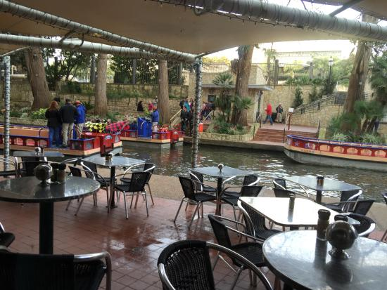 outside dining riverwalk and the riverboats picture of the rh tripadvisor com