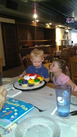 birthday party at pizza plus picture of the plus eau claire rh tripadvisor co za