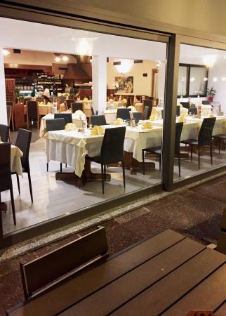 Dro, إيطاليا: sala ristorante