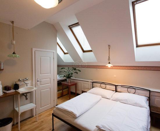 Photo of Hotel Sir Toby's Hostel at Dělnická 24, Prague 170 00, Czech Republic