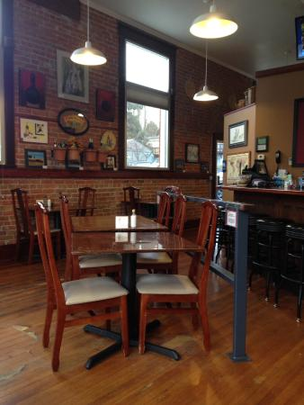 Uniontown, WA: Inside seating