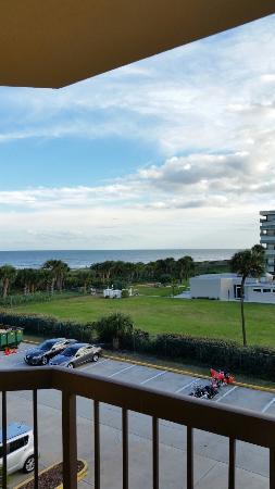 DoubleTree by Hilton Hotel Cocoa Beach Oceanfront: 20160117_162041_large.jpg