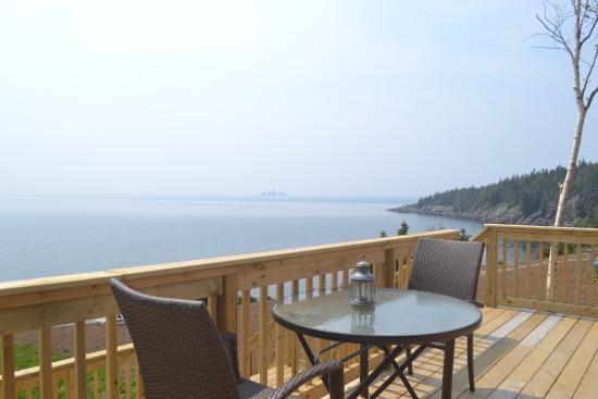 Whiteway, Canadá: Licensed deck overlooking Trinity Bay