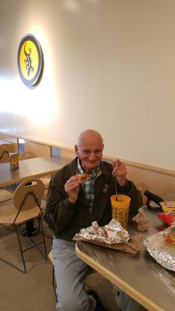 Port Saint Lucie, Floryda: Loving Which Wich Superior Sandwiches of Port St Lucie Florida at any age, they are so delicious