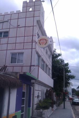 Hotel Sevilla puerto morelos 2nd street pto morelos before laundromat sea side of street