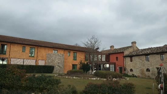 Montecalvo in Foglia, Itália: 20160103_110047_large.jpg