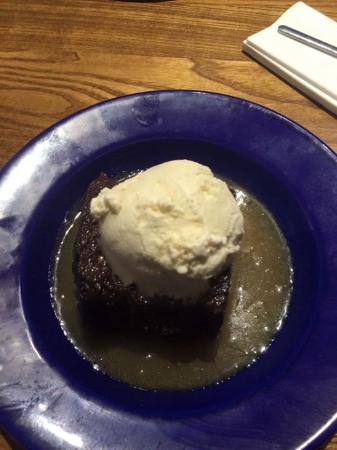 Gaerwen, UK: Sticky toffee pudding