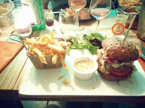 Claye Souilly, Francja: Hamburger top!!