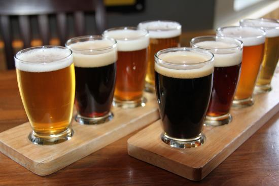 The Grizzly Paw Brewing Company: The Grizzly Paw