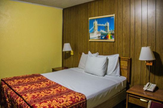 Mountain View Inn Image