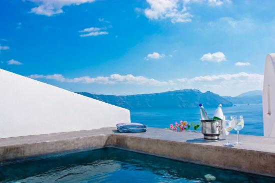deluxe outdoor jacuzzi picture of andronis luxury suites oia rh tripadvisor ca