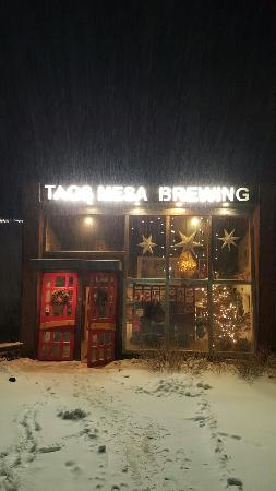 Taos Mesa Brewing: 20160106_190427_large.jpg