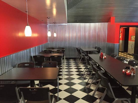 Union City, เพนซิลเวเนีย: new dining room!!