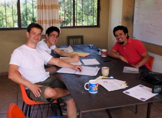 Amigos del Sol: Studying in 2014