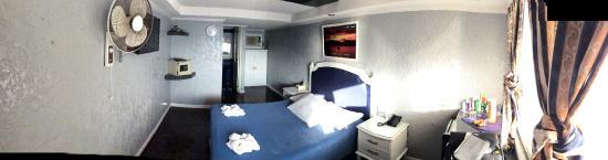 Blue Rock Beach Resort : Room