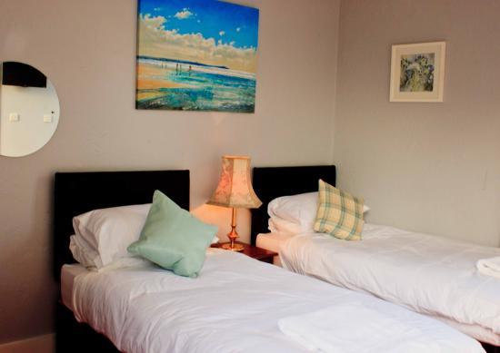 Hadleigh, UK: Twin beds