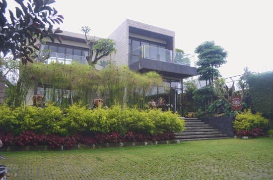 d green villa lembang reviews indonesia tripadvisor rh tripadvisor com