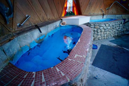 Sierra Hot Springs Resort & Retreat Center Photo