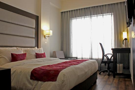 Veronica Hotel  Updated 2018 Prices & Reviews (vadodara. Sprowston Manor - A Marriott  And Country Club. Piersland House. Limetree Hideaway. Osprey Apartments. Il Piccolo Castello Hotel. Hotel Highland. Devonia Hotel. Cloud 9