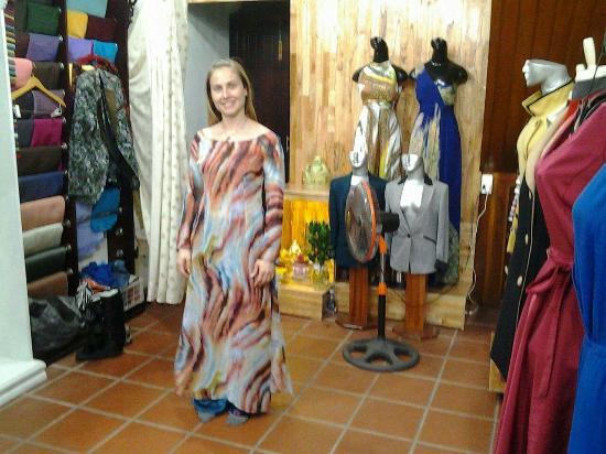 Helen Tailor: Tiệm vải Helen