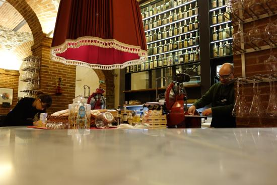 Greve in Chianti, Ιταλία: Old school meat slicer