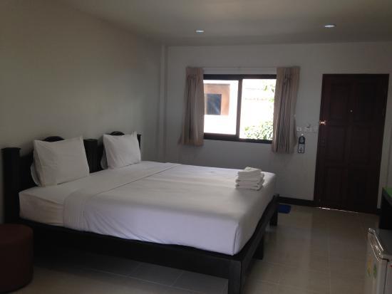Panupong Apartment