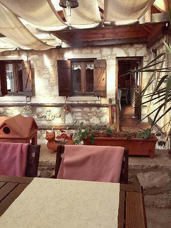 Urla Beyaz Melek Cafe