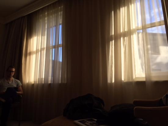 Hyatt Hotel Canberra: ROOM
