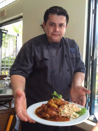 Las Terrazas Resort: Cooking Classic Belizian Chicken Stew, Coconut Rice and Fried Plaintains with Coleslaw
