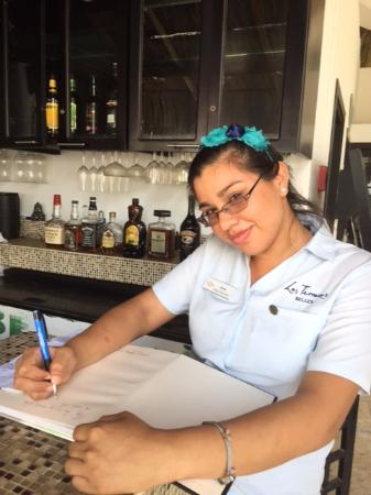 Las Terrazas Resort: Guest Services with Saria - getting around Ambergris Caye