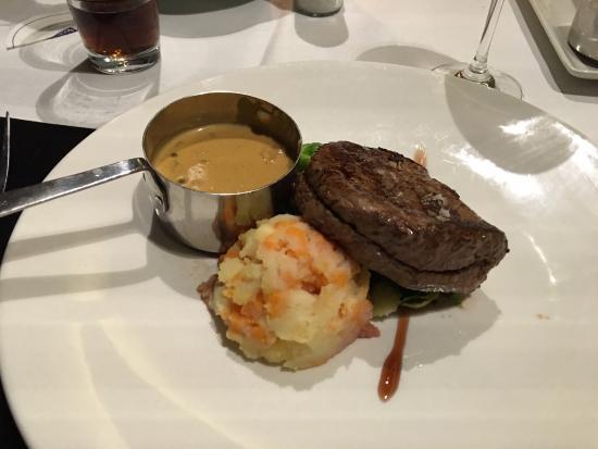 Veenendaal, Países Bajos: Biefstuk met pepersaus