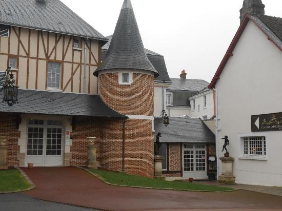 Zdjęcie Cour-Cheverny
