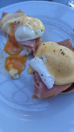 Rockliffe Hall: Breakfast in the orangery