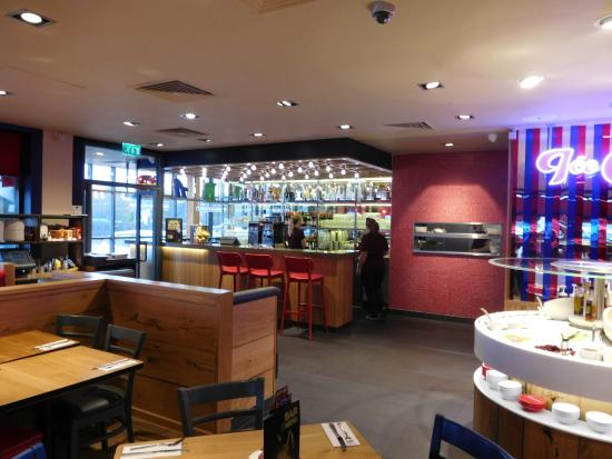 Pizza Hut Picture Of Pizza Hut Basildon Tripadvisor