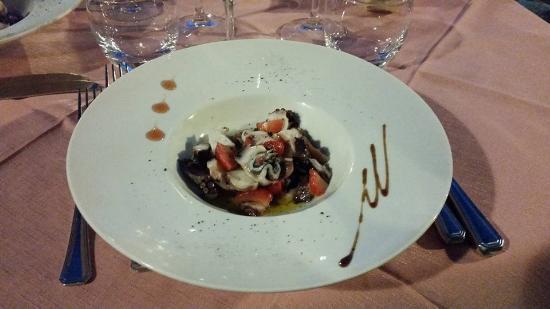Patresi, Włochy: Insalata di polpo e fragole