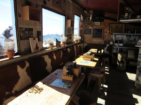 Schonried, Suiza: L'intérieur coquet